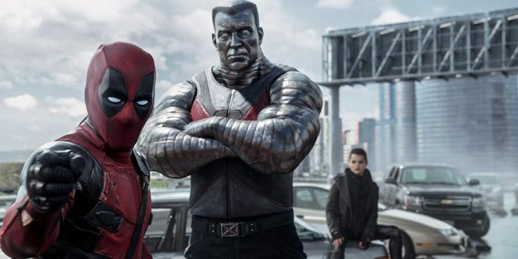 Deadpool (2016) Movie Poster