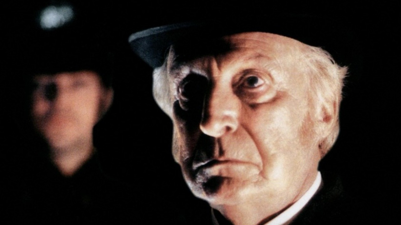Top 15 Netflix TV Shows that Will Surely Remind you of Sherlock Holmes