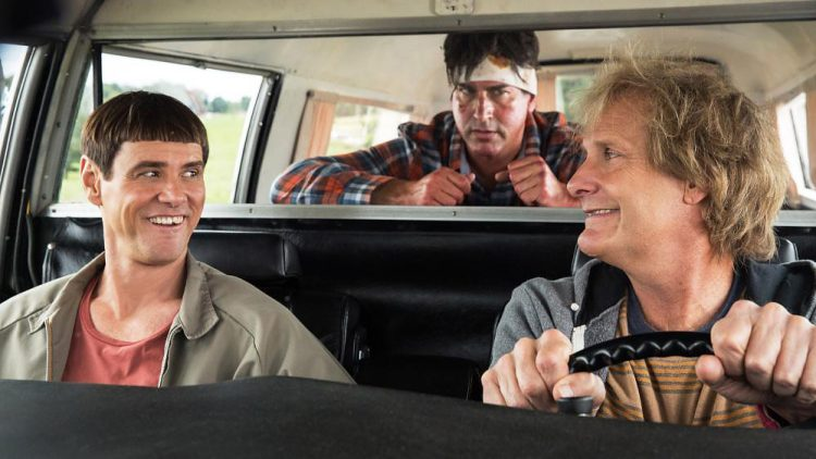 DUMB AND DUMBER TO, from left: Jim Carrey, Rob Riggle, Jeff Daniels,
