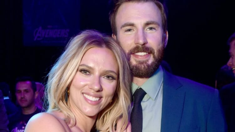 Scarlett Johansson & Chris Evans Ghosted Romance, Is It Really Worth Waiting