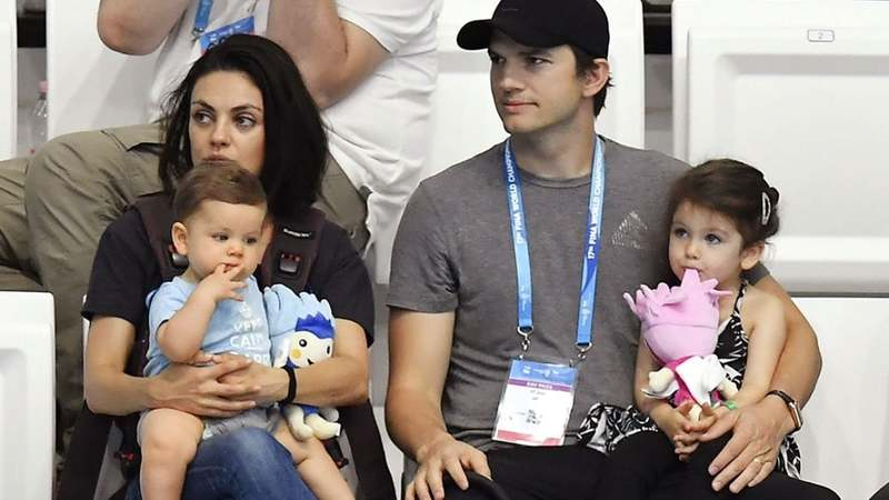 To Bathe or Not To Bathe, that is the Question for Kunis and Kutcher